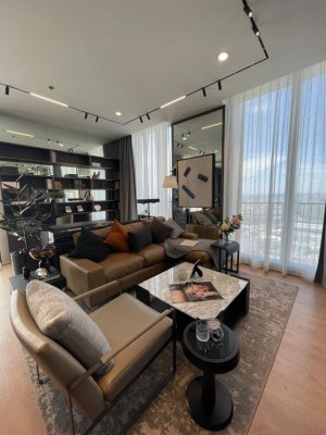 Noble BE19 Penthouse, 48th floor